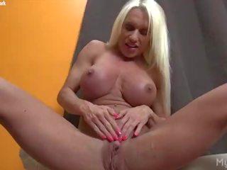 controleren grote clit seks, vol fbb video-, hq female bodybuilder film