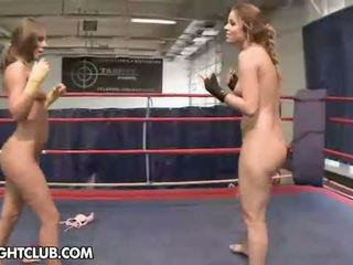 lesbisch thumbnail, heetste lesbische strijd video-, groot muffdiving vid