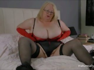 In Red and Black: Free Red Black Porn Video 6b