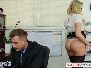 Seksi pejabat babe mia malkova seks / persetubuhan