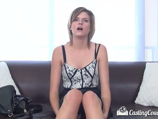 CastingCouch-X - Scarlett Fever gets facialed