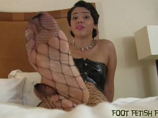 My Smooth Silky Feet will get You so Hard: Free HD Porn 69