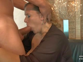 Amateur BBW French Mature Sodomized DP Fisted N...