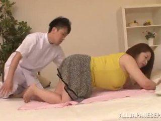 चब्बी एशियन babe's बड़ा टिट्स natsuko kayama