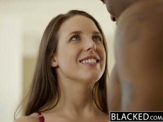 Blacked बड़ा प्राकृतिक टिट्स ऑस्ट्रेलियन बेब angela वाइट fucks bbc