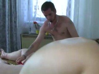 Oldnanny two wanita-wanita adalah enjoying kumpulan seks