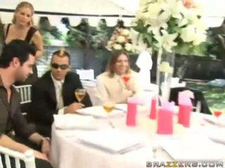 uniform, brides klem