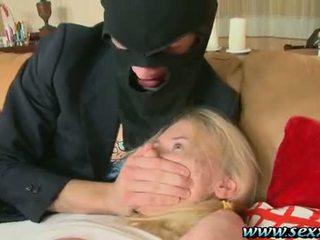 אחד נערה ו - two סוטה thieves