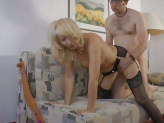 ドイツ語 amteur スインガー ママ moni と ディルド sales guy: ポルノの 1f
