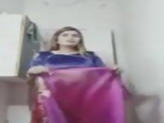 Satin Silk Swathi 03: Free Indian Porn Video 09