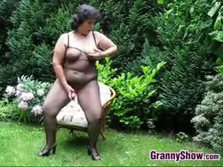 Granny outdoor porn