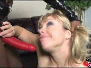 pussy licking, more strap on you, babes great