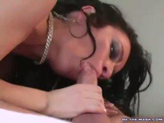 Barmfager milf avalon takes sammen hardt kuk på henne munn