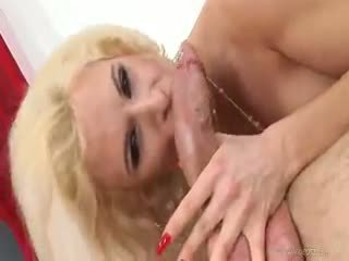 Mom hairy anal-pussy creampie
