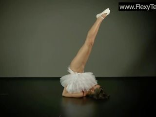 groot jong, een gymnast seks, solo girl neuken