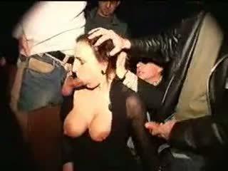 heet enorme tieten film, hq grote tieten seks, gang bang porno