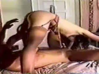 Egy klasszikus -ban ágy szex -val egy férfi és nő