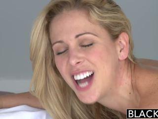 Blacked hot southern blond cherie deville takes stor svart kuk