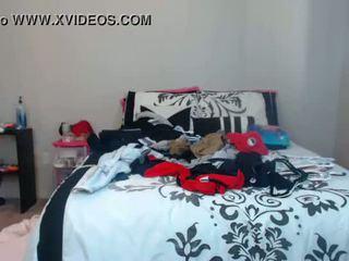 Babe kambriaxxx flashing pussy on live webcam - 6cam.biz