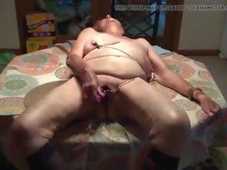 Cumslut in Kitchen: Free Free in Mobile HD Porn Video 2b