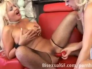 Two milfs are having sex with each other