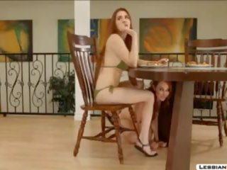 sexy nude girl bild, neon strumpfe
