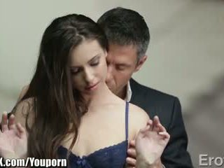 Eroticax अधिकांश पॅशनेट kiss leads को सेक्स