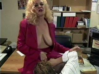 Anna Lisa: Free Mature & Granny Porn Video f1