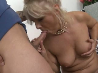 Mature Lea: Old & Young & Mature Porn Video 86