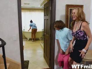 Oğlan julia ann ve the meksika abby lee tuvalet