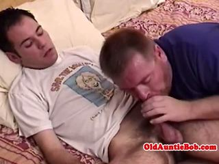 Old gay toad giving head to lucky y-unger