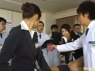 hq brunette gepost, groot japanse thumbnail, anale sex