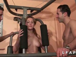 kwaliteit brunette tube, hardsex film, dubbele penetratie porno