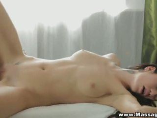 New masseur and a happy ending - Porn Video 511