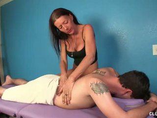 masseuse gepost, heetste rukken klem, plezier massage scène