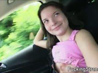 Puffy nippled hitchhiker підліток anita b banged в the публічний
