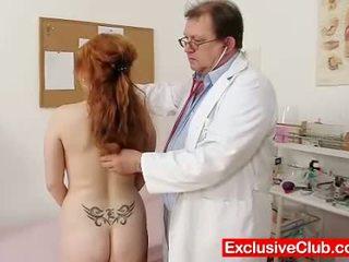 mooi gapende, nominale vagina, heet dokter porno