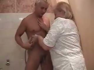 奶奶, 淋浴, 大屁股