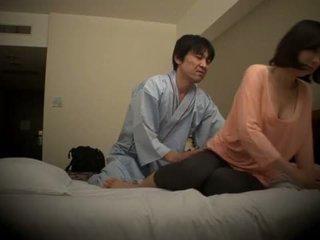 Subtitled japonsko hotel masaža oralno seks nanpa v hd <span class=duration>- 5 min</span>