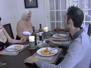 Agedlove vovó gordinhas lacey estrela met dela friends: porno d9