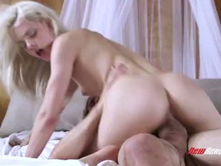 Newsensations.com - elsa jean (teasing min brother.2015).1080