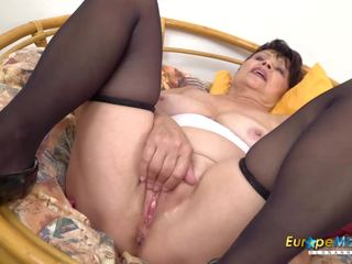 Europemature Libi Seductive Solo Striptease Video: Porn 74