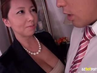 Premium Chubby Slutty Cats Asian AV Star