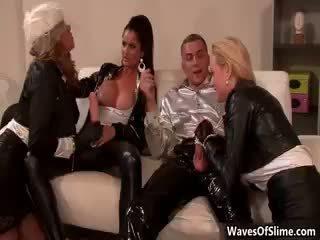 cumshot, lingerie, fetisch gepost