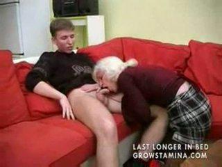 Babi s saggy prsi gets zajebal part1
