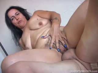 any thick porno, cougar movie, old video