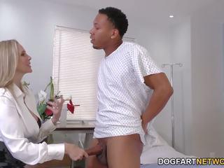 een milfs neuken, interraciale, kwaliteit titty neuken klem