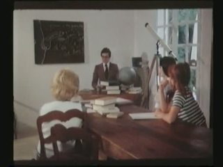 Scene from Collegiennes a Tout Faire 1977 Marylin Jess