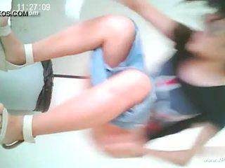 中國的 女孩 去 到 toilet.10