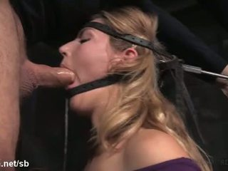 nejlepší orální sex, skutečný blondýnky, online deepthroat mov